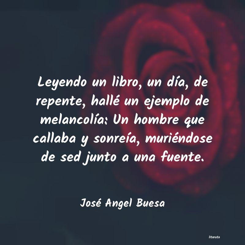 José Angel Buesa Leyendo Un Libro Un Día De